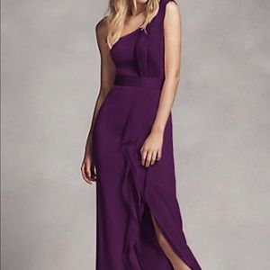 VERA WANG LONG ONE-SHOULDER BRIDESMAID DRESS
